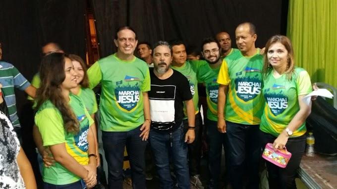 Prefeito Fábio Gentil participa da Marcha para Jesus em Caxias