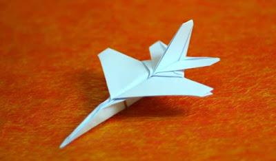 Hướng dẫn gấp máy bay giấy F16