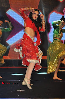 Bollywood Actress Model Sunny Leone Dance Performance in Red Half Saree at Rogue Audio Launch 13 March 2017  0155.jpg