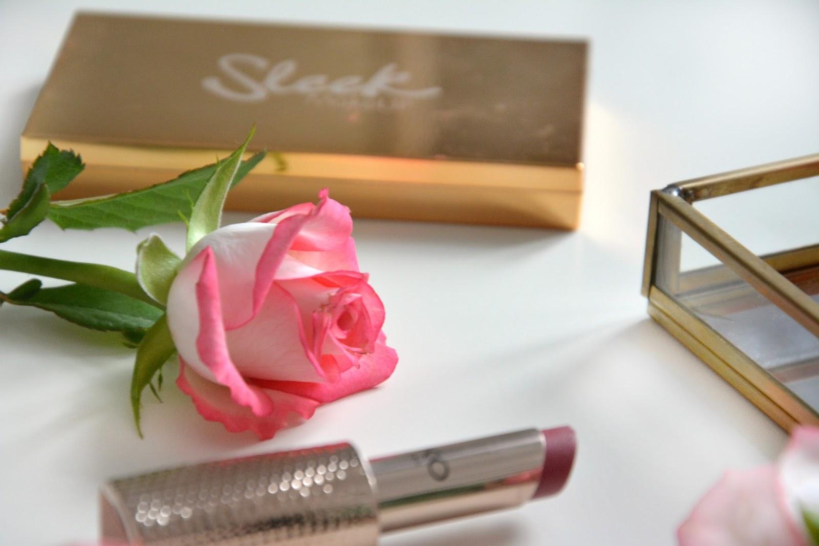 Sleek Solstice Highlighting Palette; Kiko Lipstick; Fresh Pink Roses