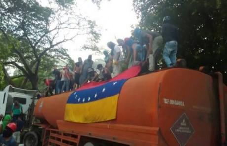 LA LUPA: Los colectivos y la vulneración de la vida, libertad y propiedad de los venezolanos