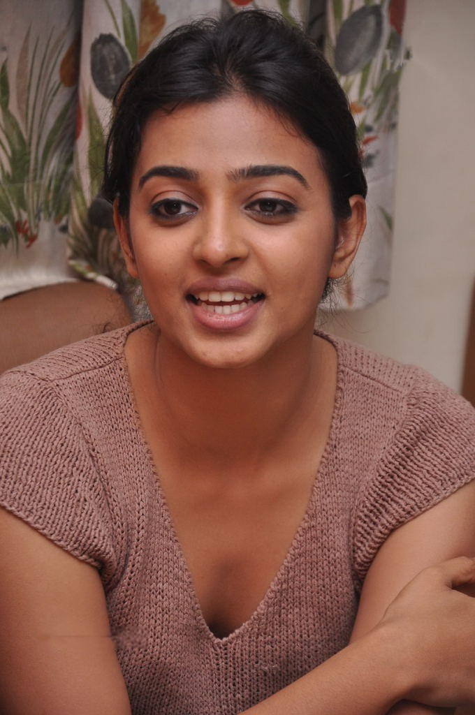 Radhika Apte Bollywood Actress Gallery