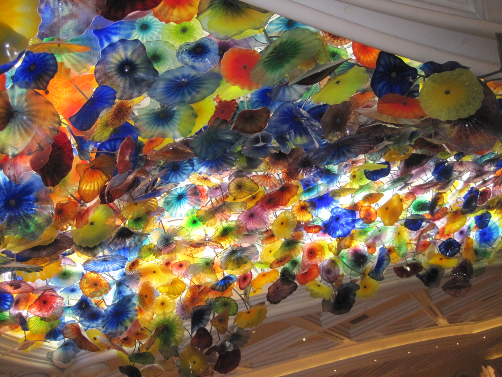 Kris S 2011 A Photo A Day Chihuly S Blown Glass Ceiling