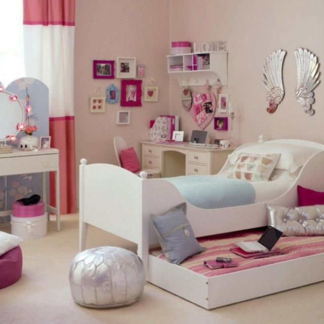 teen girl with flashy colors bedroom