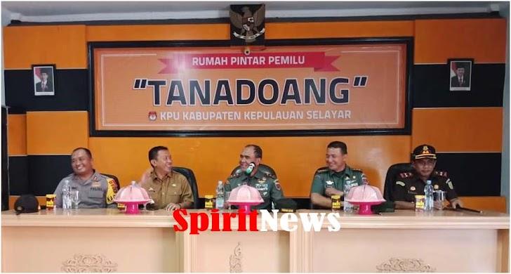 Pangdam Hasanuddin, Laporkan Bila Ada TNI Tidak Netral