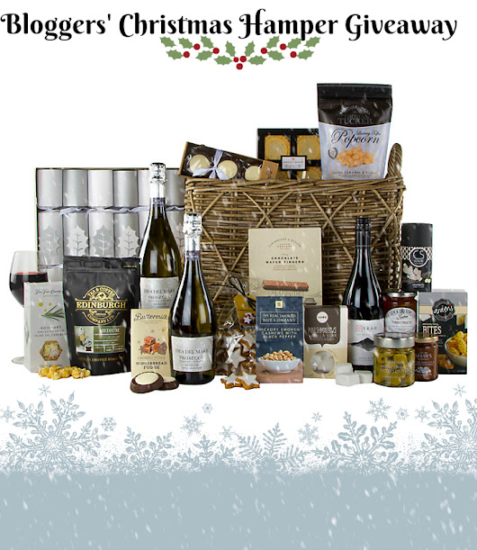 Bloggers' Christmas Hamper Giveaway