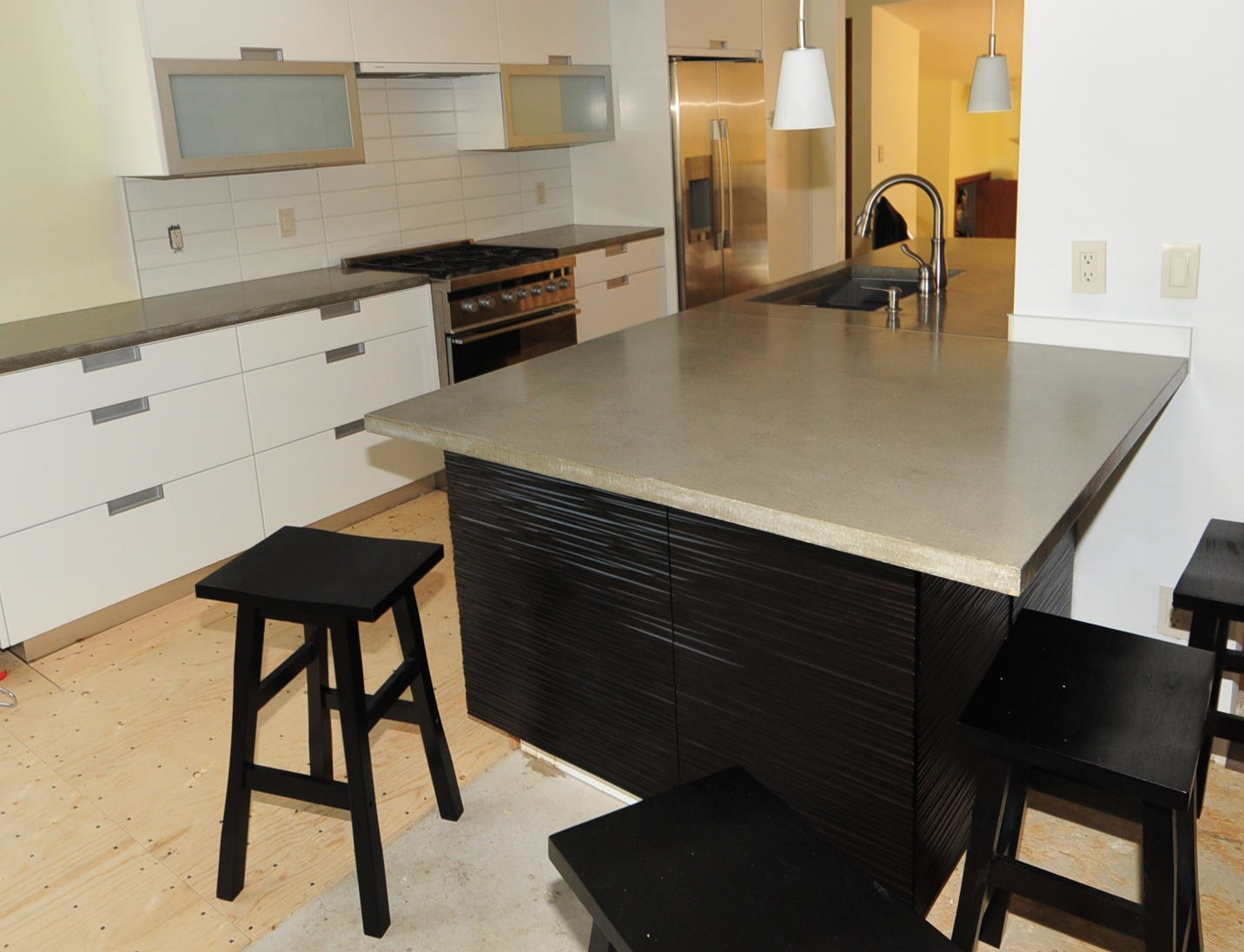 MODE CONCRETE: Ultra Chic and Modern Concrete Kitchen ... on Modern Kitchen Counter  id=57404