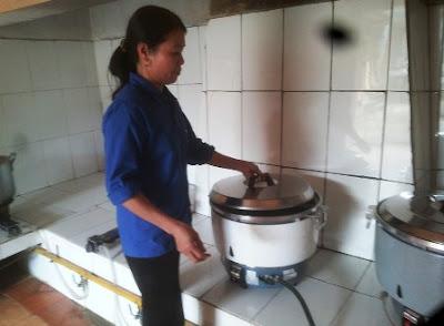 giáo viên cấp 2 chuyển sang nấu ăn