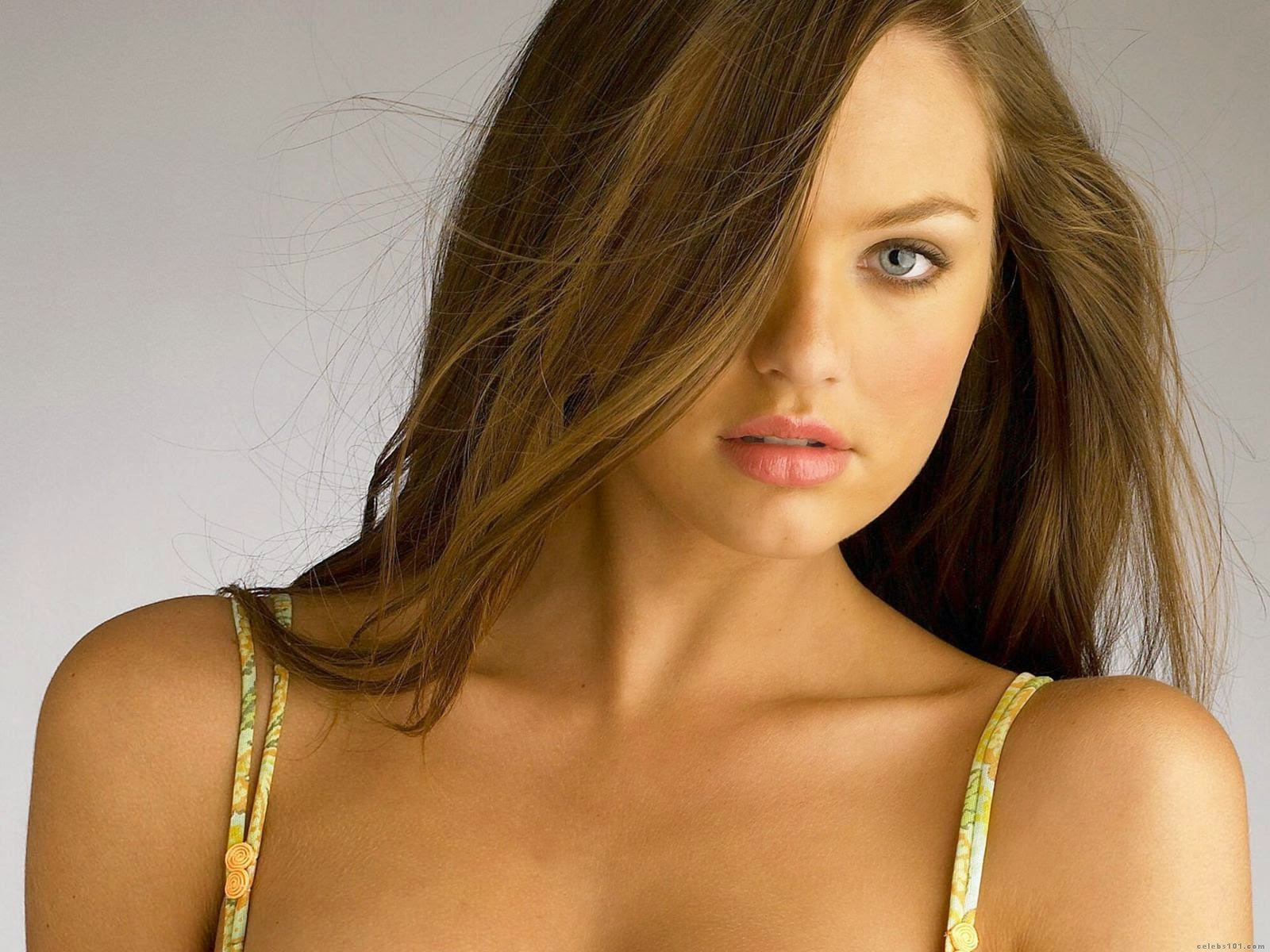 Global Pictures Gallery: Candice Swanepoel Fashion Model FUll HD Wallpapers