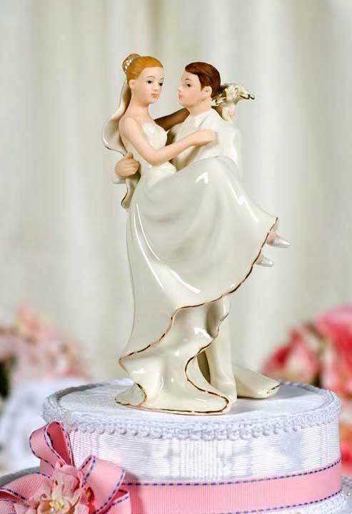 Dayeong Restofus Topper Wedding Cake