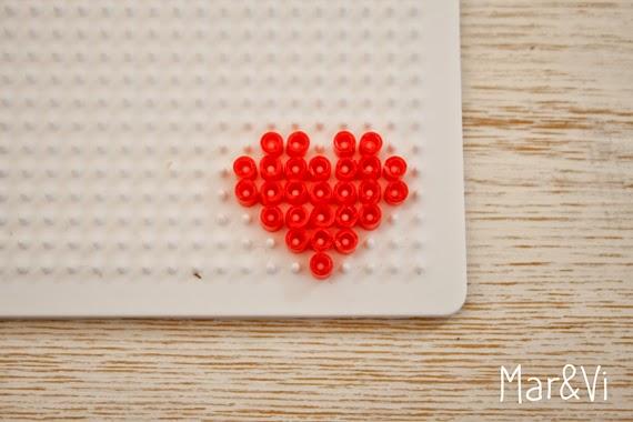 corazón hama beads