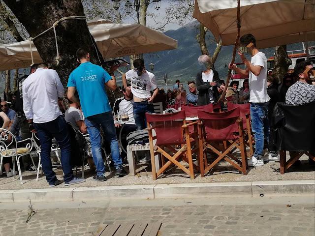 Γιάννενα: Έσπασε κλαδί και έπεσε σε παρέα ανθρώπων σε καφετέρια