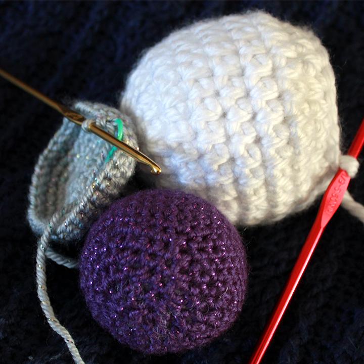 Crochet balls | The Inspired Wren