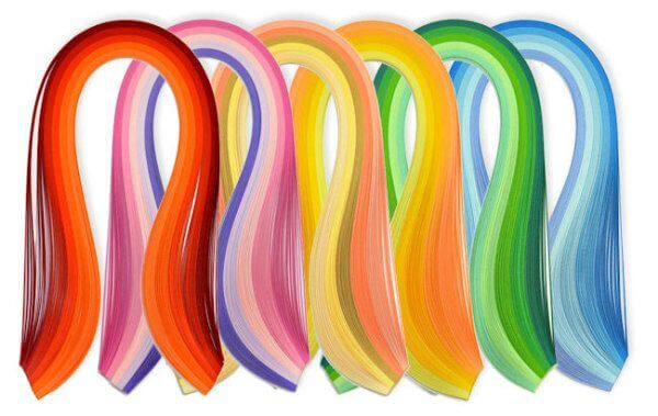 Quilling strips with self-adhesive ends