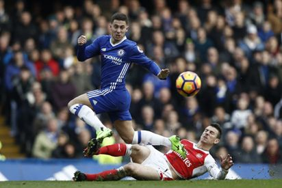 Premier League: Chelsea beat Arsenal 3-1
