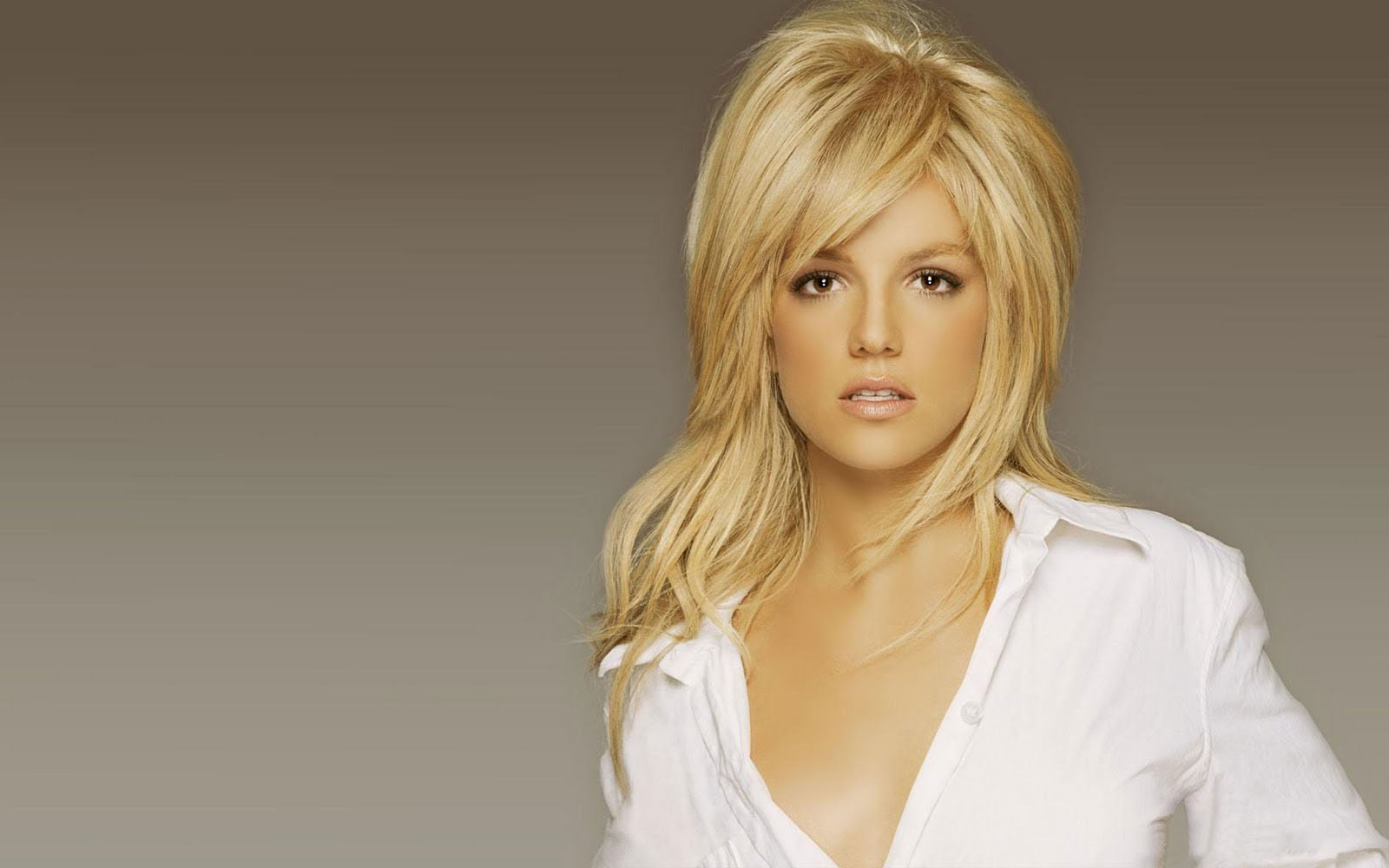 Britney Spears Hair Styles: Fashion Apparel 2012: Long Hairstyles 2012