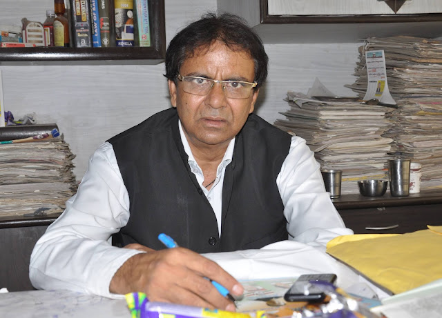 Advocate LN Parashar lodged a complaint against the judges of Faridabad court