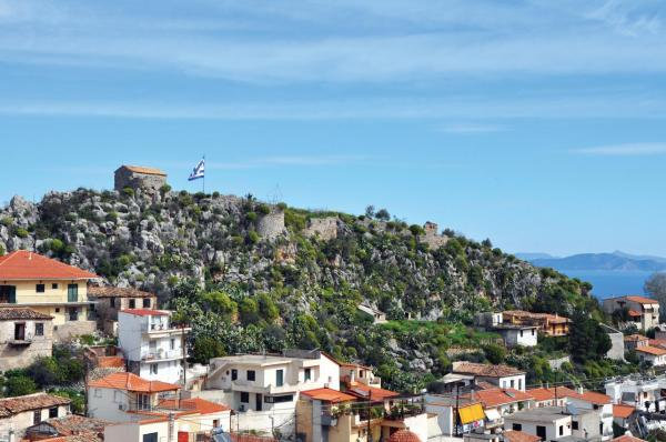 Ανάδειξη του Κάστρου Πιάδα στη Νέα Επίδαυρο - Εντάχθηκε στο Ε.Π. Πελοπόννησος 2014 – 2020