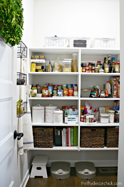 How to create a pretty and organized pantry