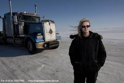 Na lodowym szlaku, Lisa Kelly