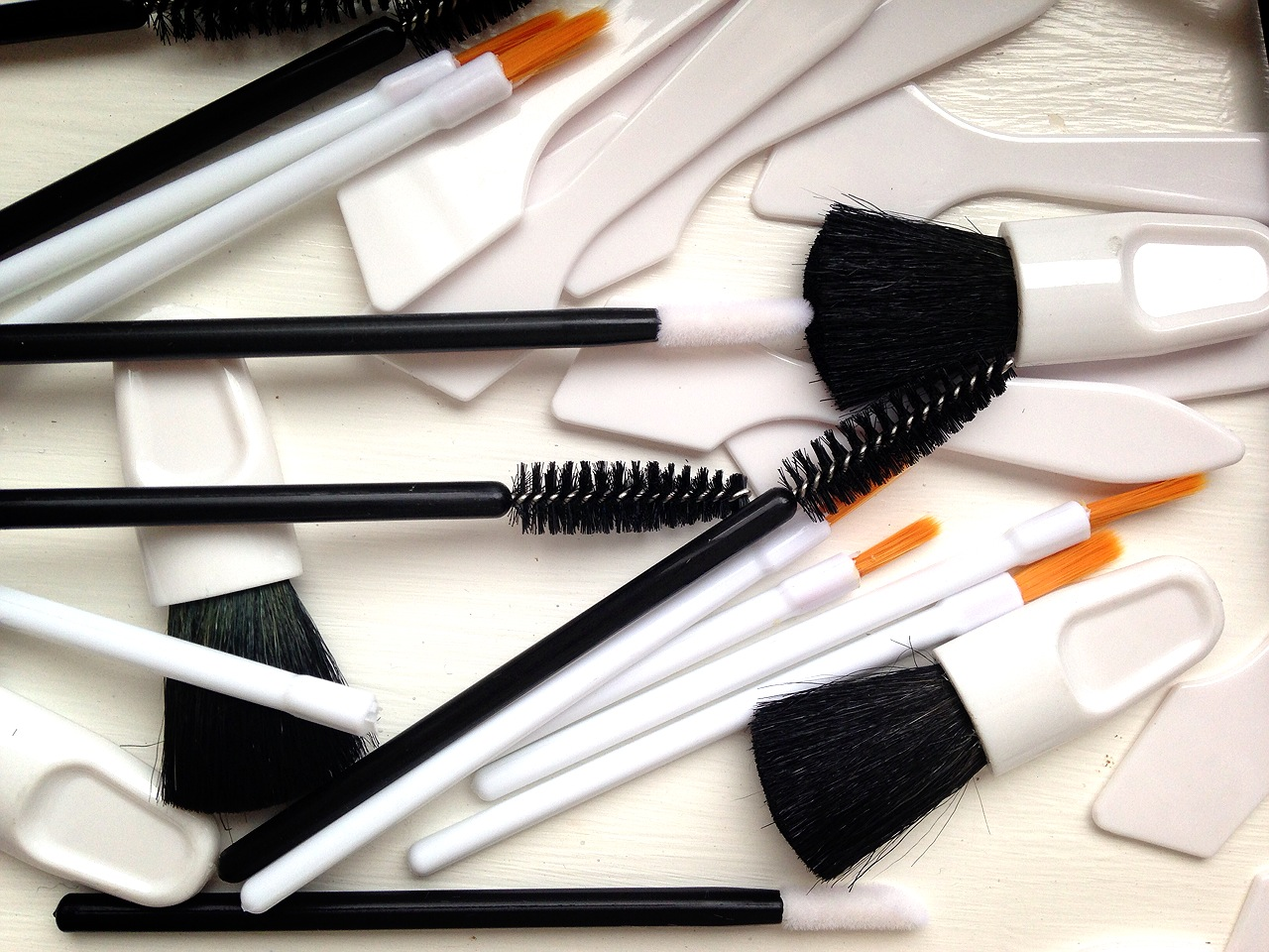 Crown Brush Disposables For Make Up Application