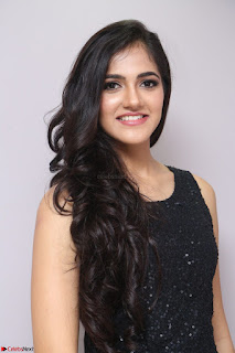 Simran Chowdary Model in Beautiful Black Dress at FBB Miss India 2017 finalists at Telangana auditions (10).JPG