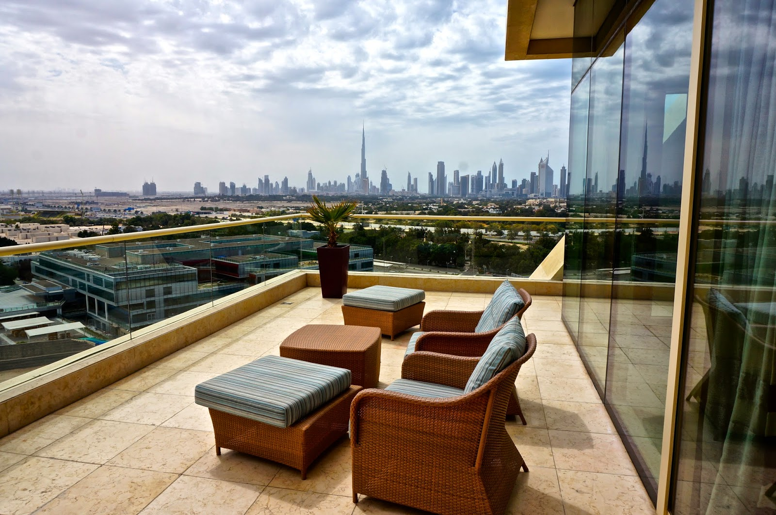 Review a luxury stay at raffles hotel dubai follow for Hotel the balcony