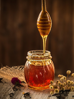 skin benefits,honey benefits for skin,honey with water benefits for skin