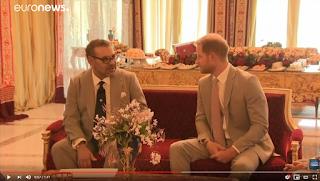 شاهد.. العاهل المغربي يستقبل هاري وميغان في الرباط