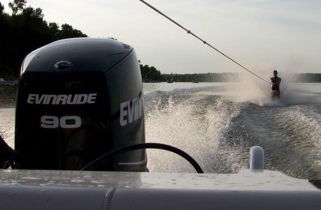 Dyna-Ski Boats: 17 6 Open Bow with a 90 E-Tec