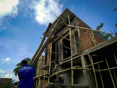 Inilah para pekerja pembangunan Exotic Panderman Hill yang terus giat bekerja.