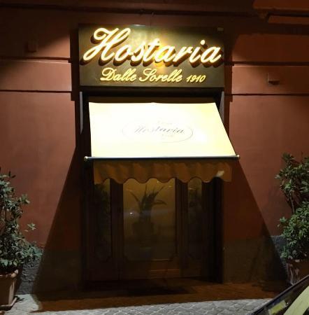 Outlet Vacanze Formia: Le dieci trattorie migliori di Napoli