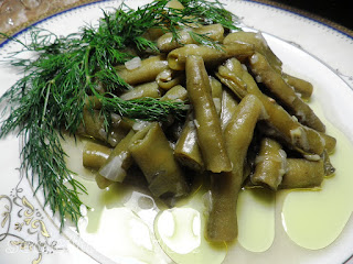 Shelled Fava Beans with Olive Oil (Zeytinyagli Bakla)