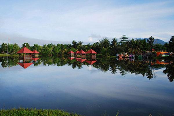 Wisata Danau Limboto di Gorontalo
