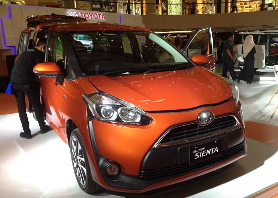 Warna Toyota All New Sienta 2016