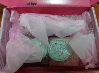 Isi dari paket Althea Korea