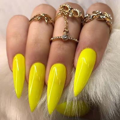Stylish Stiletto Yellow Acrylic Nails
