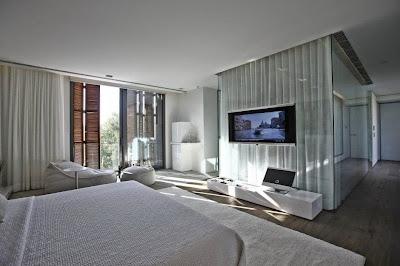 white glass modern apartament