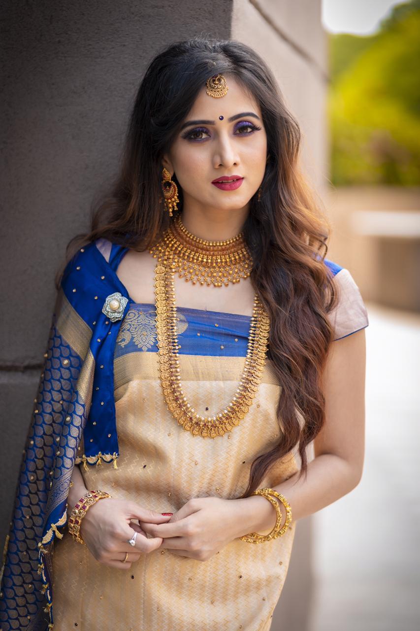 Bollywood Actress HarshikaPoonacha HotPhotos MakeUp BeautyTips Fashion WallPapers Biography Wikipedia MoviesList VideoSongs Photoshoots