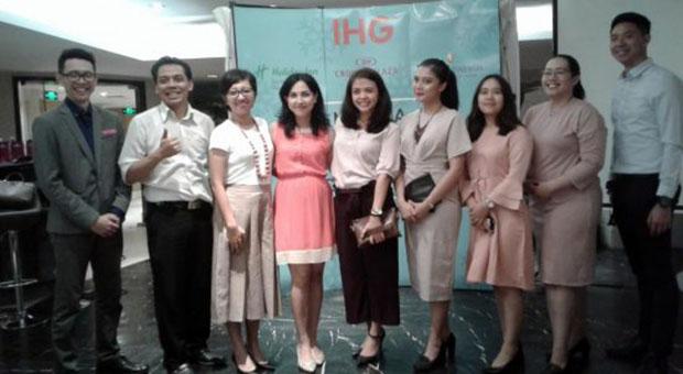 Rayakan Pergantian Malam Tahun Baru Hanya di IHG Bandung Cluster