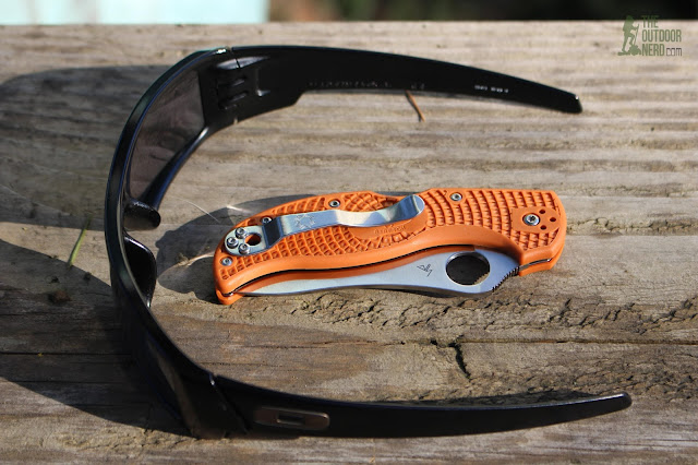 Spyderco HAP40 Stretch - With Oakley GasCan