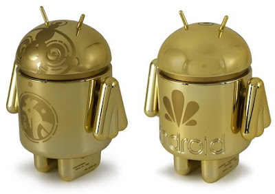 Chinese New Year 2017 Commemorative Golden Rooster Android Mini Vinyl Figure by Andrew Bell