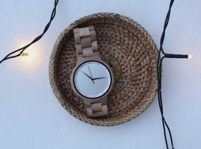 aarni puinen kello