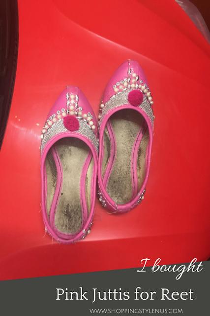 What I did this weekend? I bought Pink punjabi juttis for Reet from Central market, Lajpat Nagar-IV