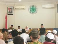 Alamak !! Di Indonesia, 1 Koran Kongsi 40 Orang !!