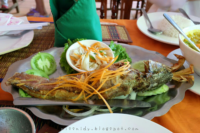 lunch around angkor wat complex siem reap
