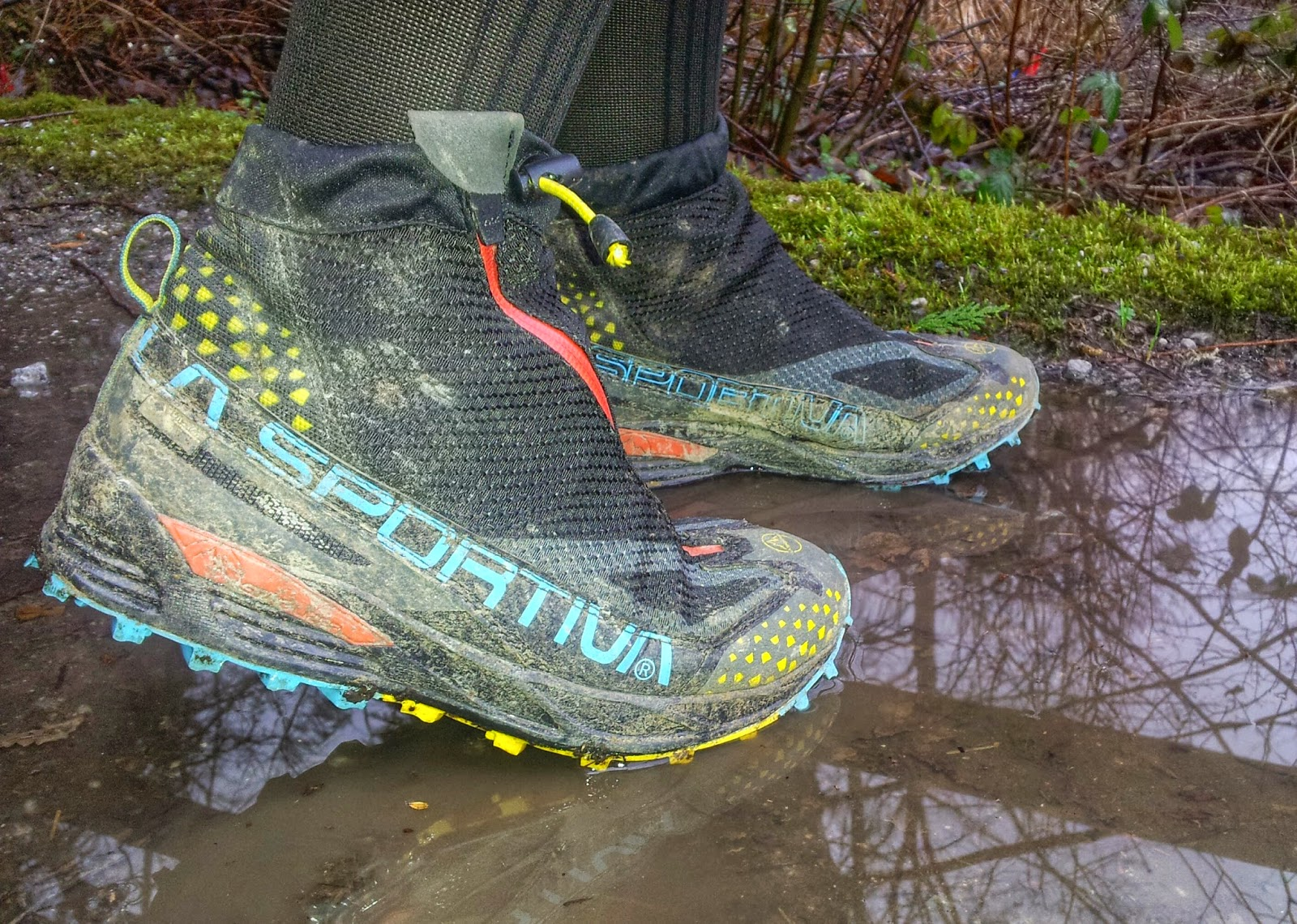 05457900015 The La Sportiva Crossover 2.0 GTX is a Gore-Tex® trail running shoe with an  ...