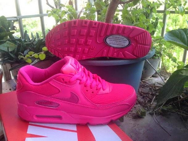 ee0ebb8ca9 Nike Air Max 90 GS Hyper Pink Vivid Pink
