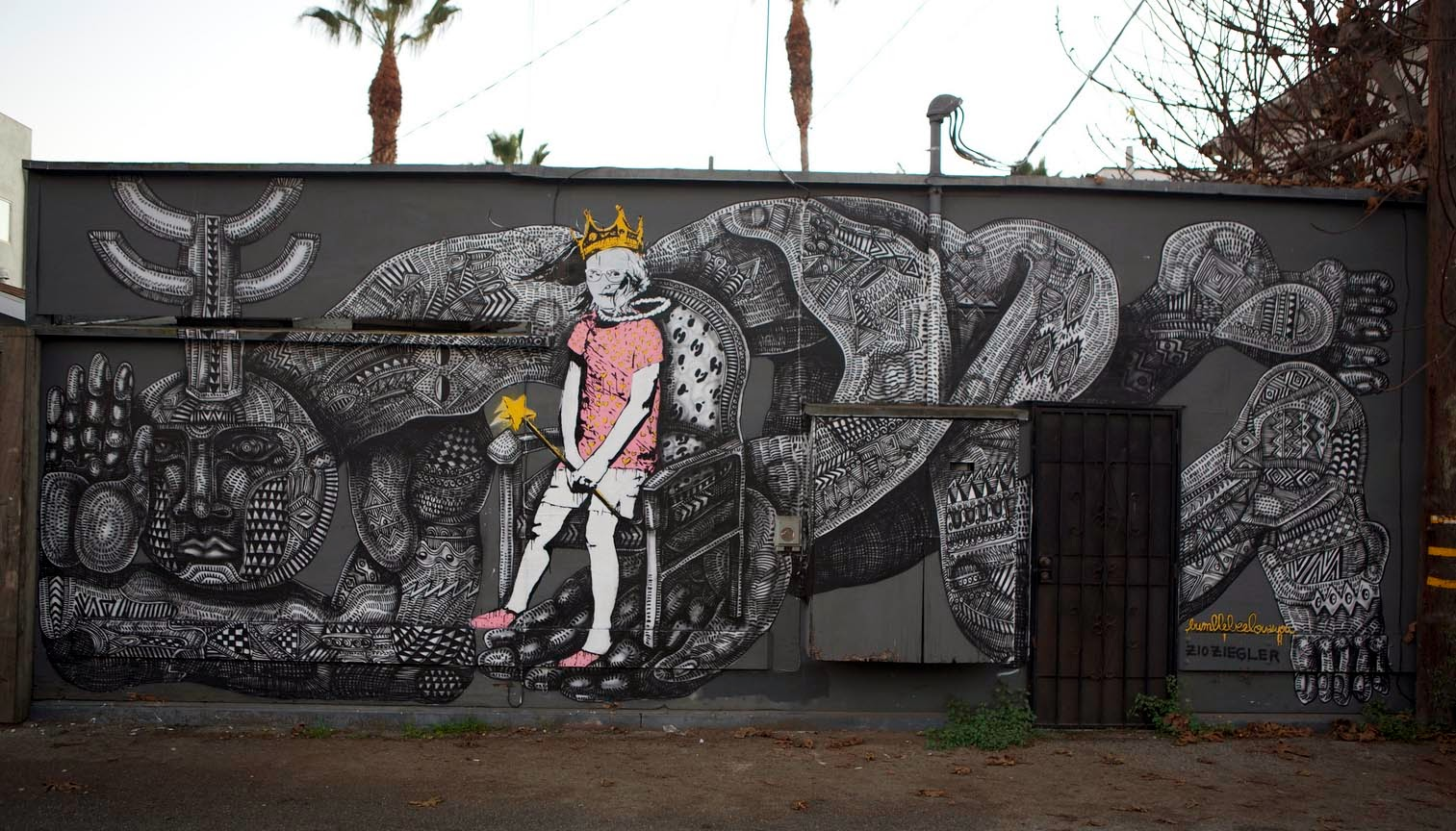 Branded Arts latest Street Art Collaboration with Zio Ziegler and Bumblebee in Venice, California. 1