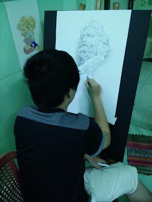 Lớp học vẽ cho người lớn TPHCM